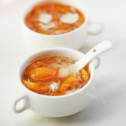 枇杷百合煲南北杏
