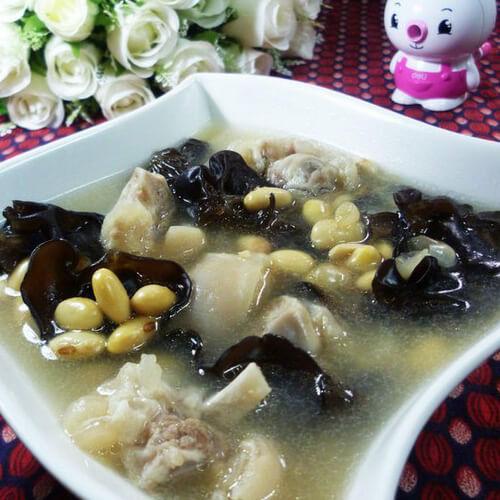 灵芝黄豆猪骨汤