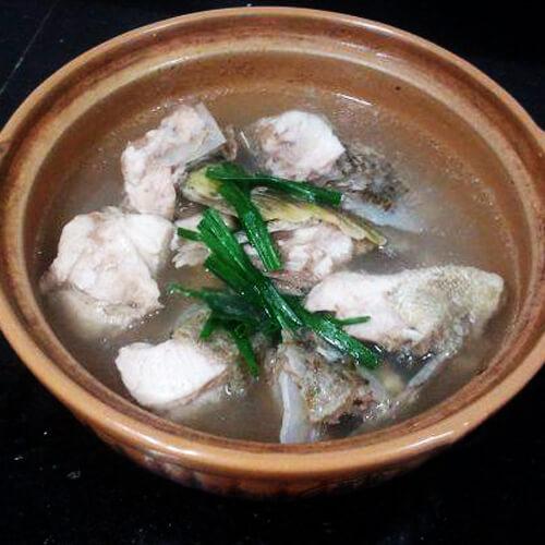 天然石斑鱼汤