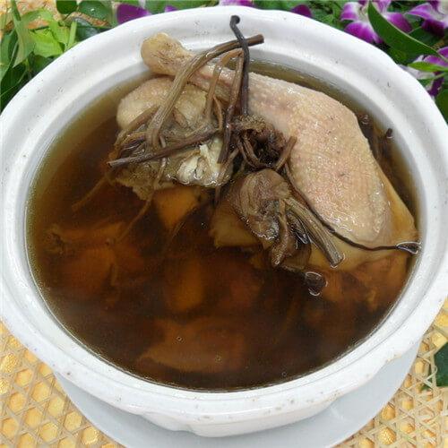 茶树菇煲老母鸡汤