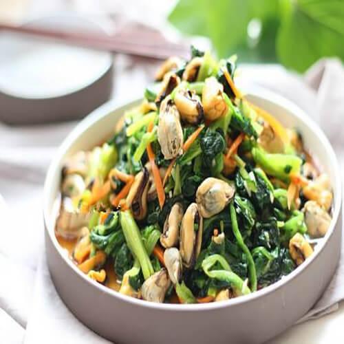 菠菜拌毛蛤蜊