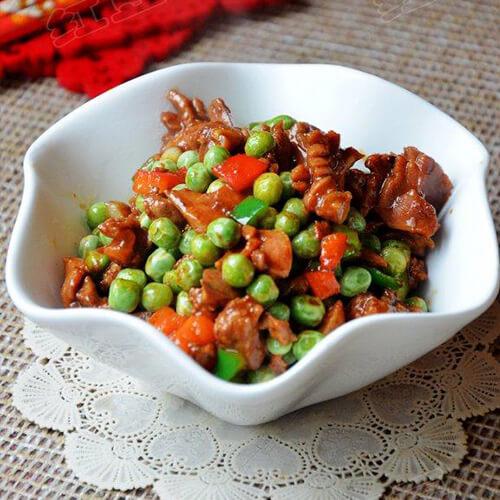 豌豆炒鸡杂