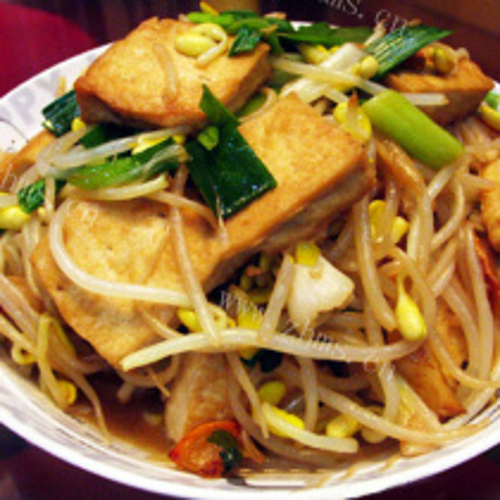 清炒黄豆芽豆腐果