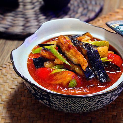 西红柿炖长茄子