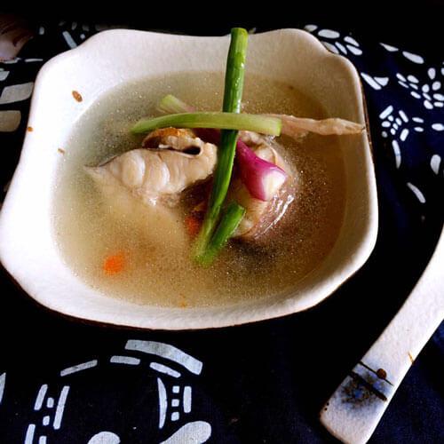 蒜香鲨鱼汤