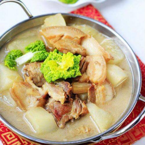 腊肉青菜煮豆皮