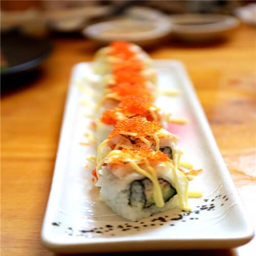 芝士鳄梨鲜虾卷