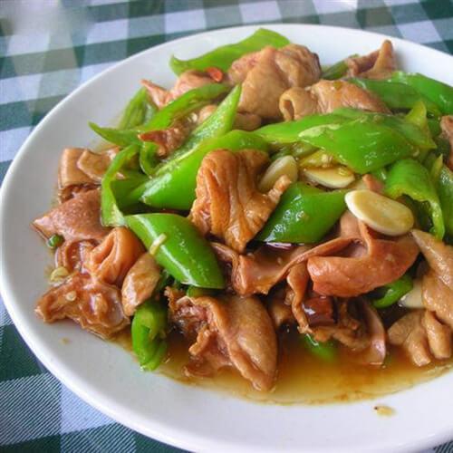 家常菜青椒溜肥肠