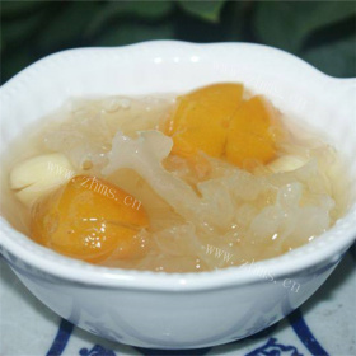 金橘莲子炖银耳