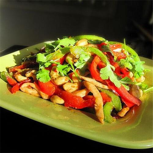 蛇瓜肉片炒青红椒