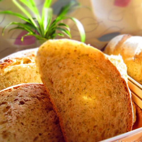 糙米鲜奶面包