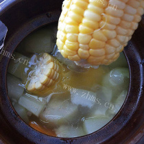 咸蛋玉米节瓜汤