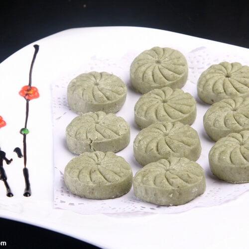 微波桂花枣泥绿豆凉糕