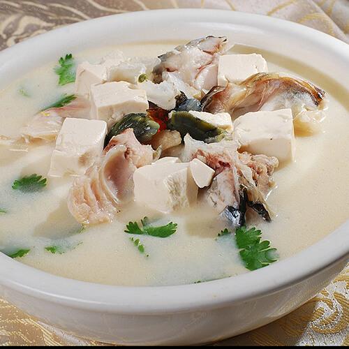 豆腐煮鮰鱼