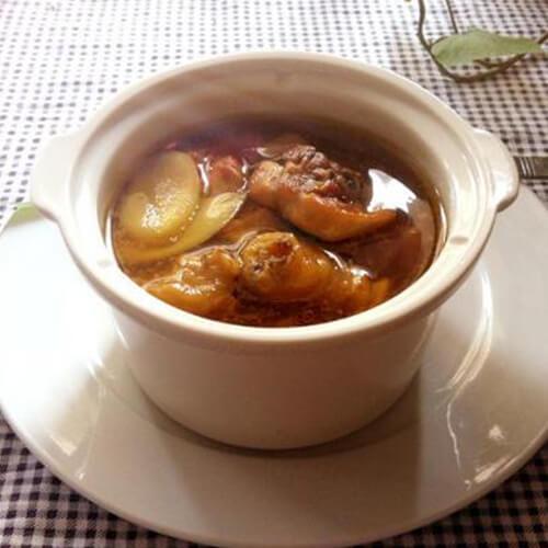 黑糯米酒煲鸡汤