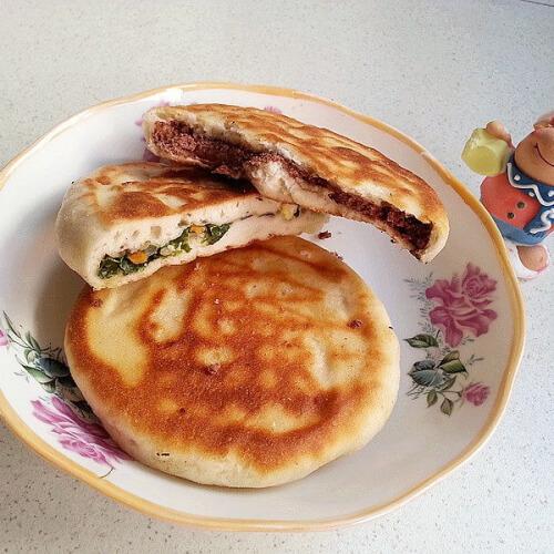 韭苔猪肉馅饼