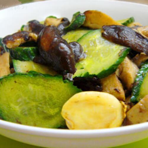 黄瓜片炒鲍鱼菇