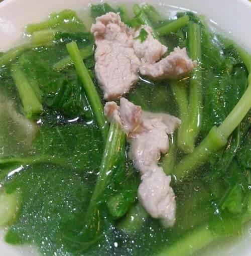 芥菜头瘦肉汤