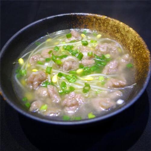螺旋藻豆芽肉片汤