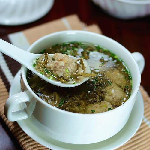 肉丸莼菜汤