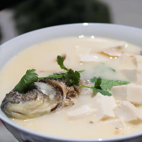 自制豆腐炖鱼