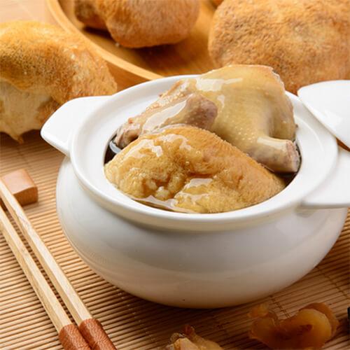 家庭版猴头菇炖鸡