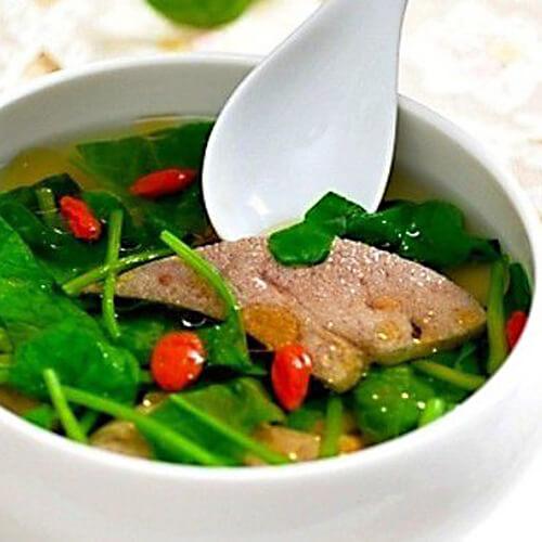 枸杞猪肝肉片汤
