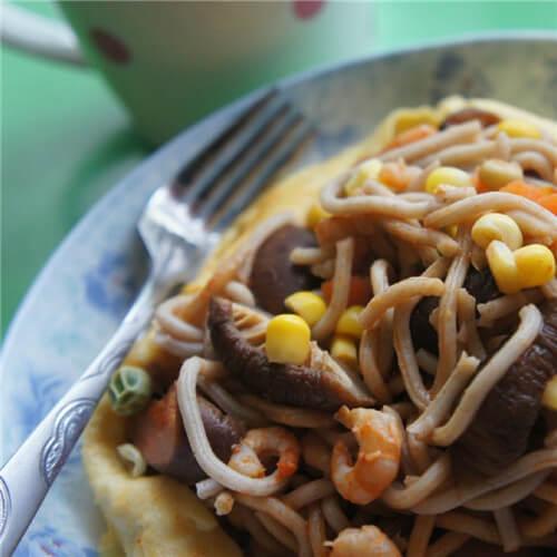 金针菇烧鹅荞麦面