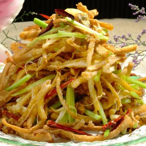 茶树菇炒土豆丝