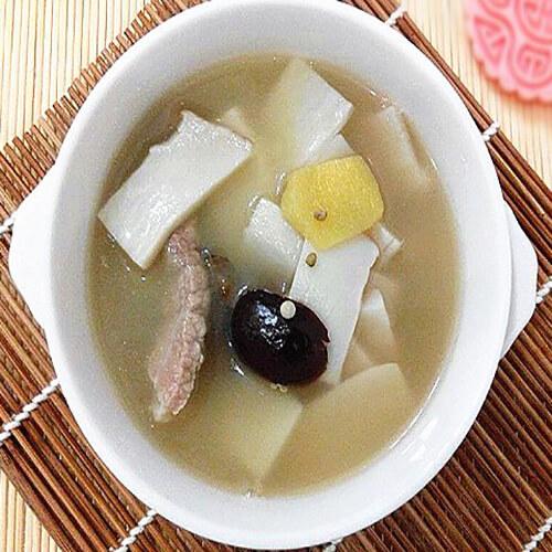 杏鲍菇酸菜汤