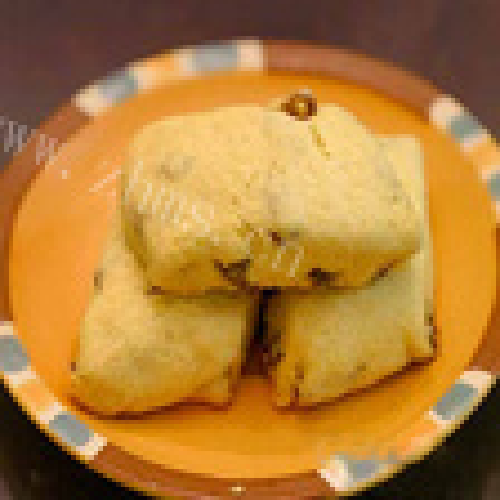 葡萄干玉米面饼