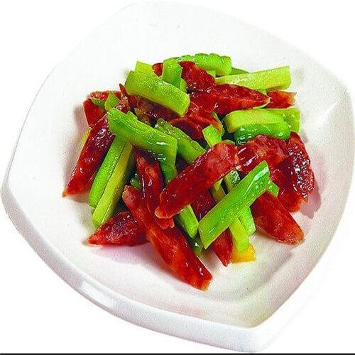 豆豉素腊肠炒苦瓜