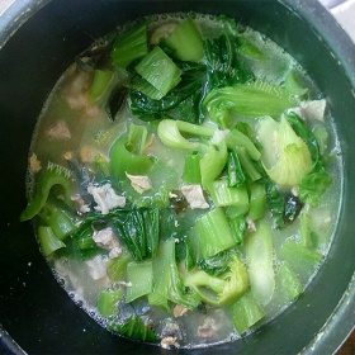 皮蛋青菜汤