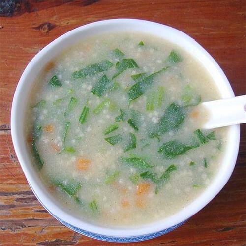 小米菠菜瘦肉粥