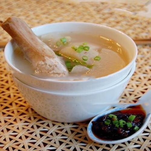 橄榄猪骨萝卜汤