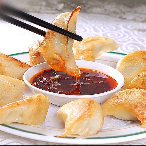 简单的香煎韭菜猪肉饺子