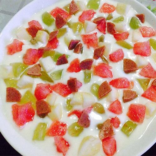 酸奶水果粒