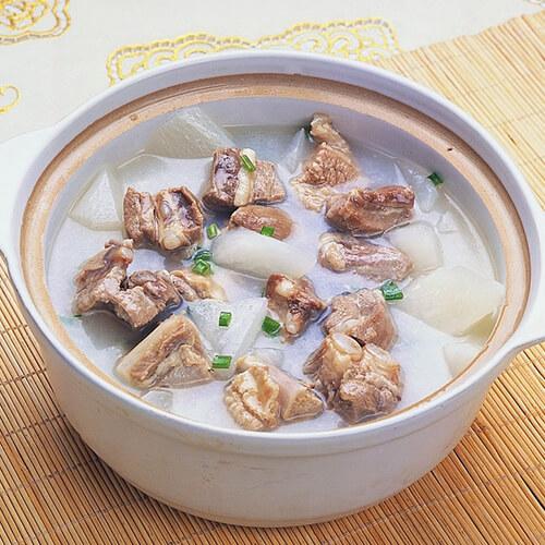 萝卜鱿鱼干排骨汤
