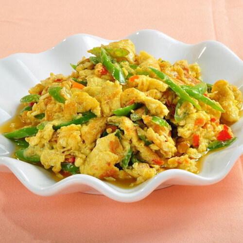 酸甜口鸡蛋烩青椒丝
