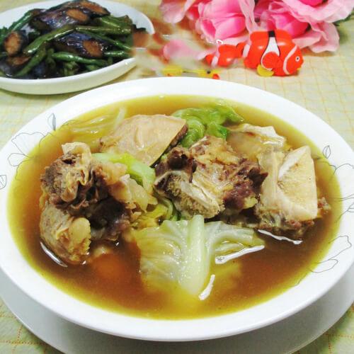 鸭架卷心菜汤