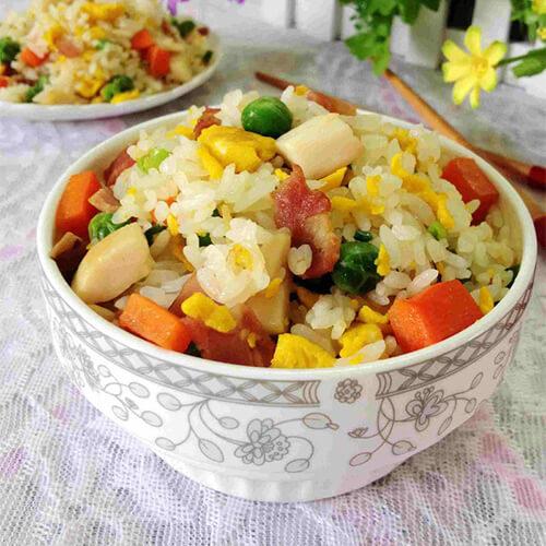 蘑菇火腿蛋炒饭