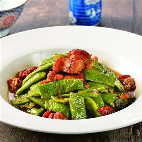下饭的红烧汁拌长豇豆