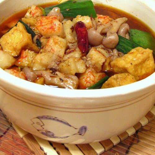 下饭的山寨版水煮蟹肉豆腐煲
