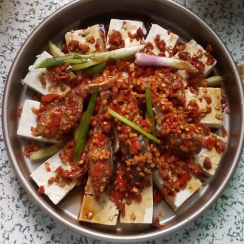 剁椒鱼蒸豆腐