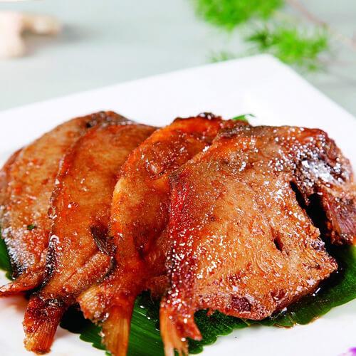 孙小菜煎焖鲳鱼