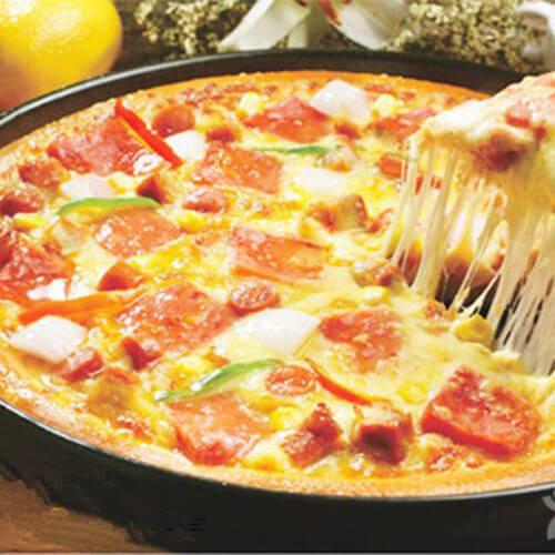 金枪鱼午餐肉披萨