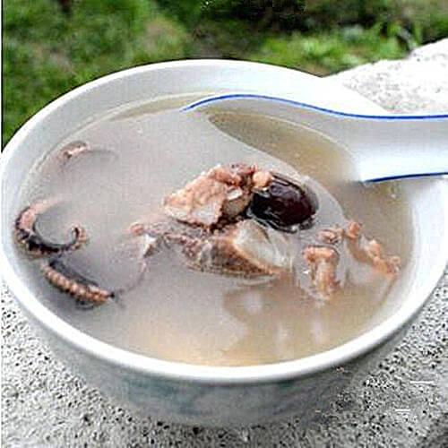 章鱼干淡菜骨头汤