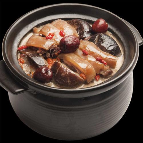 红枣枸杞鸡鲍汤