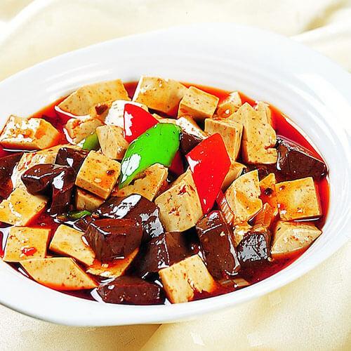 羊血焖豆腐