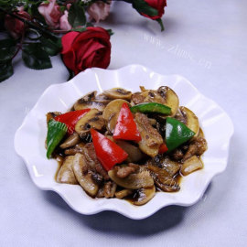 肉片炒鲜蘑